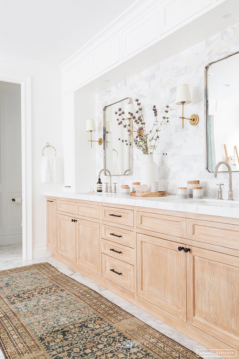 Interior Design:  Amber Interiors , Photo:  Tessa Neustadt