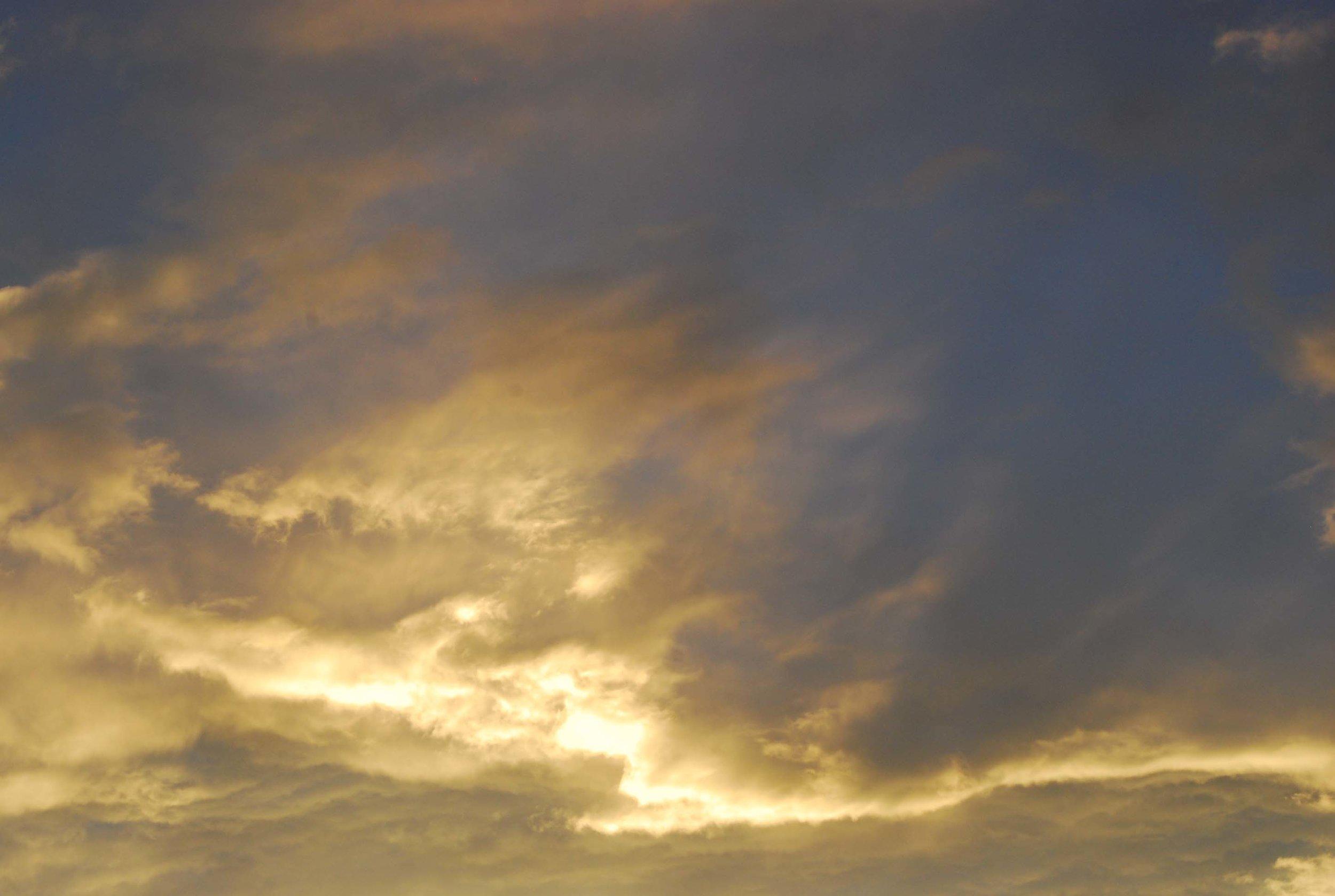 clouds_tas.jpg