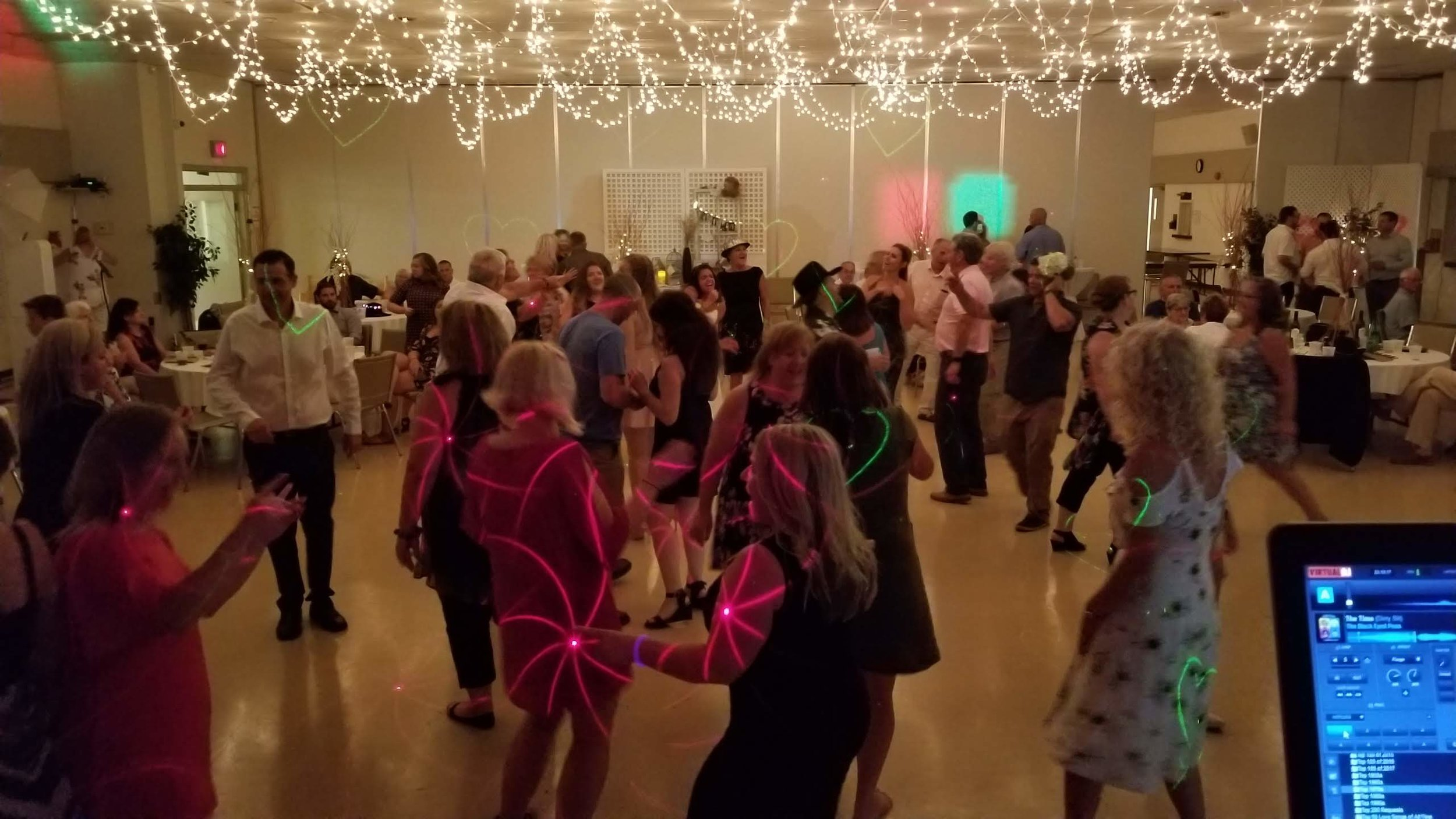 lions_community_centre_wedding_dancing.jpg