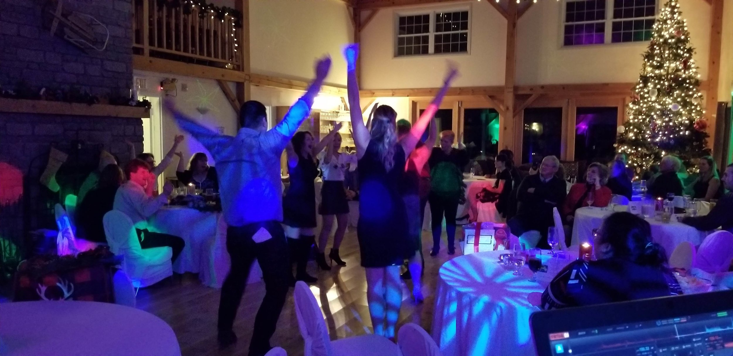time_house_resort_2018_dancing.jpg
