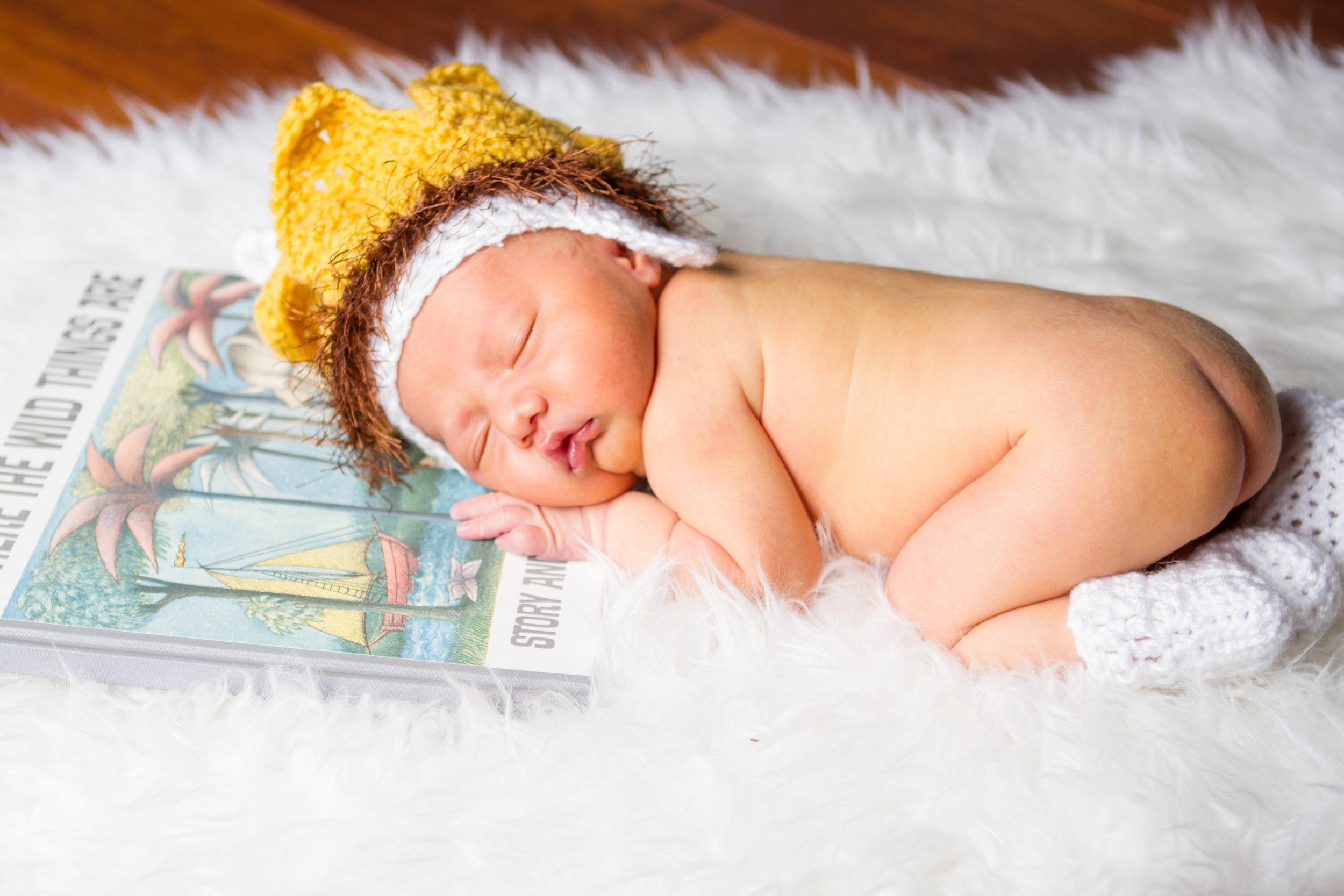 Tauni Joy photography newborn photographer Steiner ranch