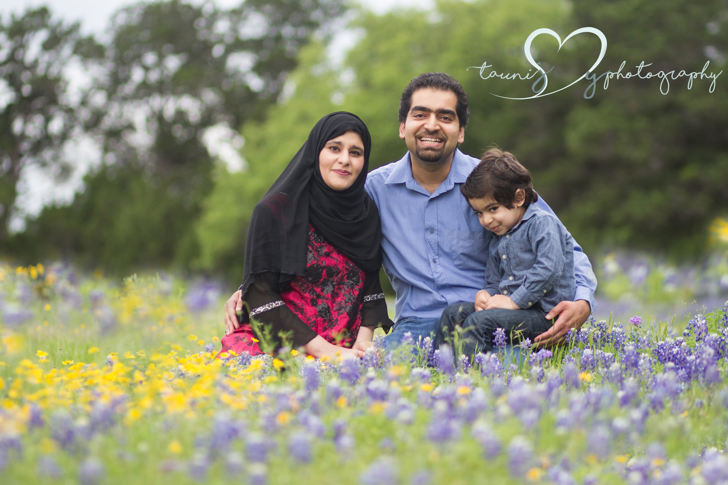 Blue bonnet photography session by Tauni Joy Photography