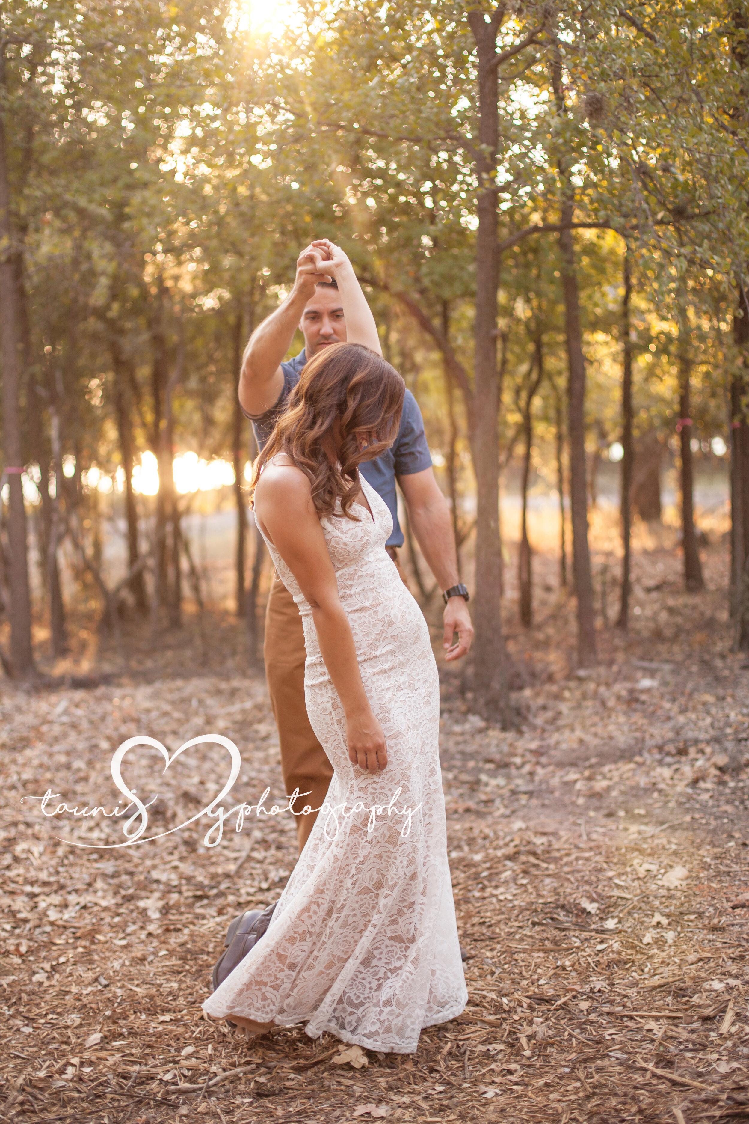 engagement photography Tauni Joy Photography