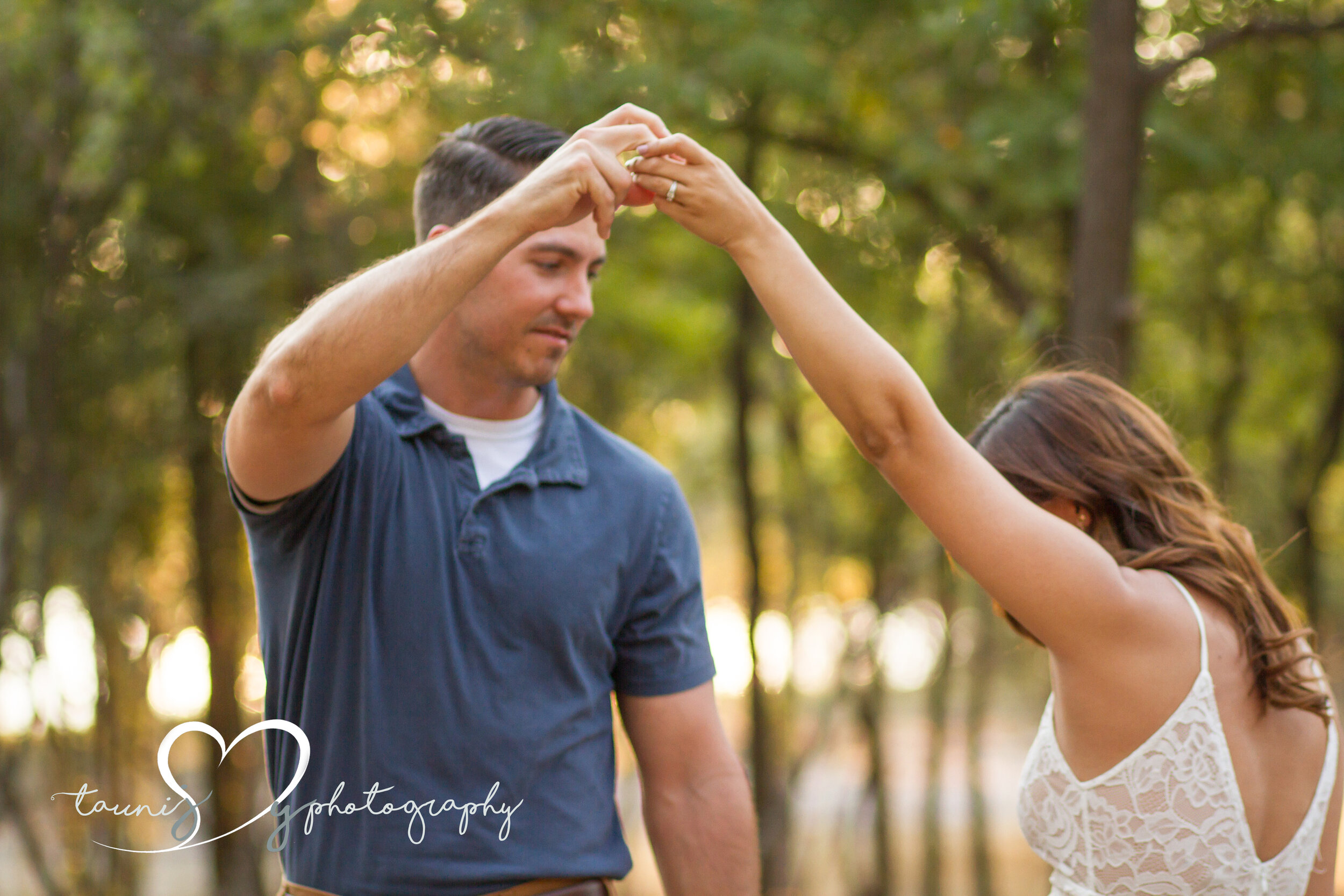 texas couple photographer Tauni Joy Photography