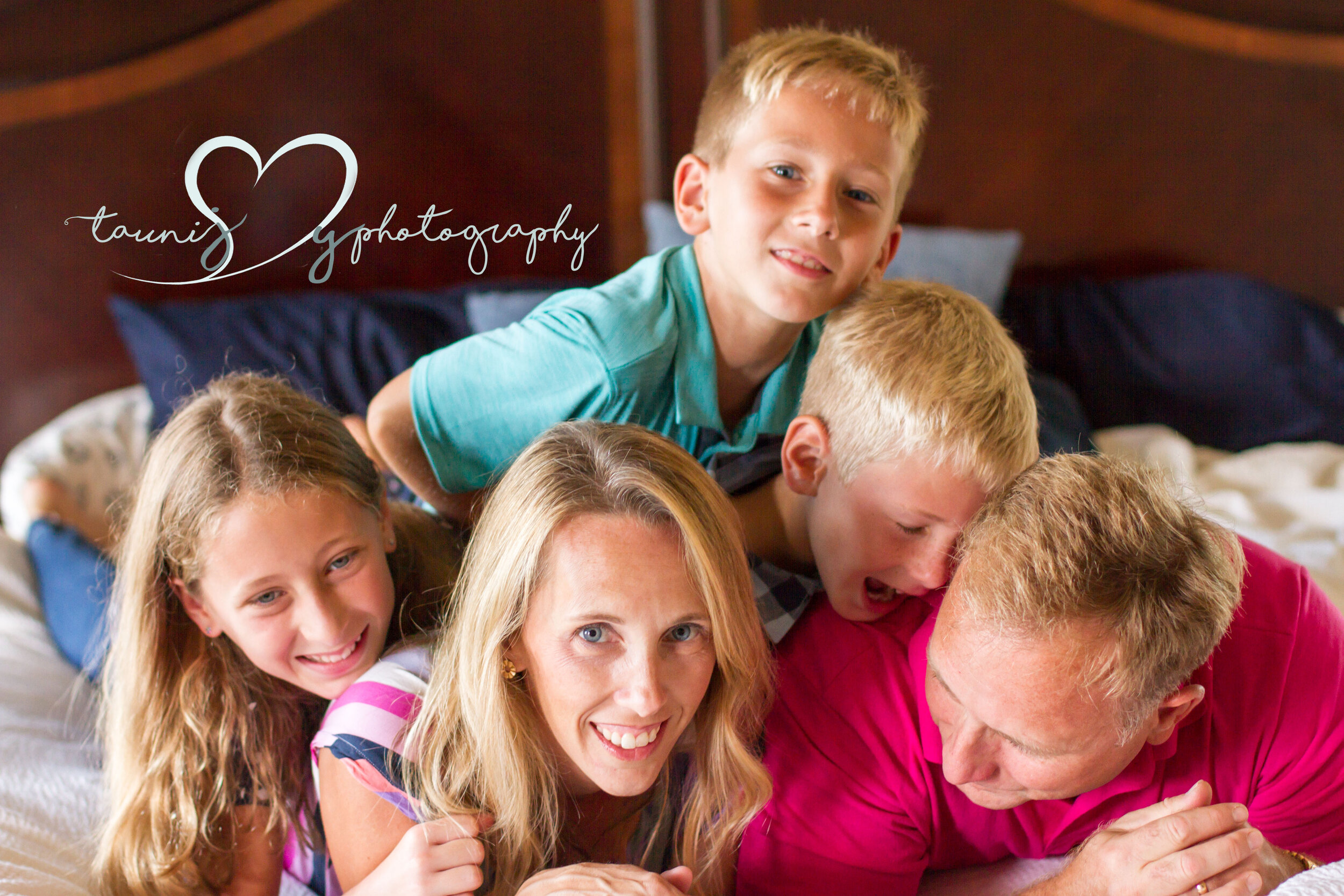 I love making everyone pile up n the bed during in home photography sessions!