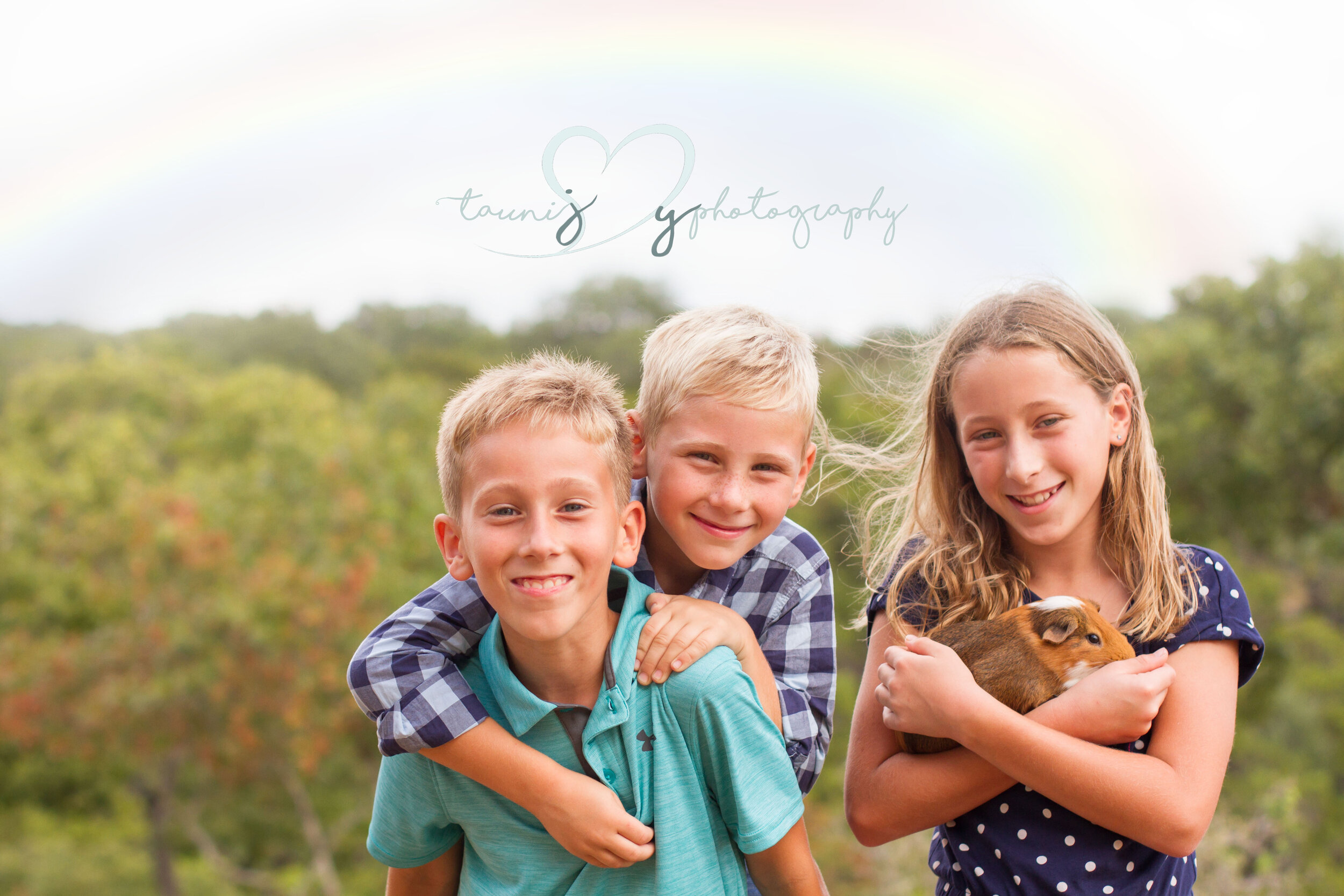 It was rainy , good thing it was an indoor lifestyle photography session ! But when the rain stopped we hopped outside for a few Lago Vista outdoor images! Do you spot the rainbow?