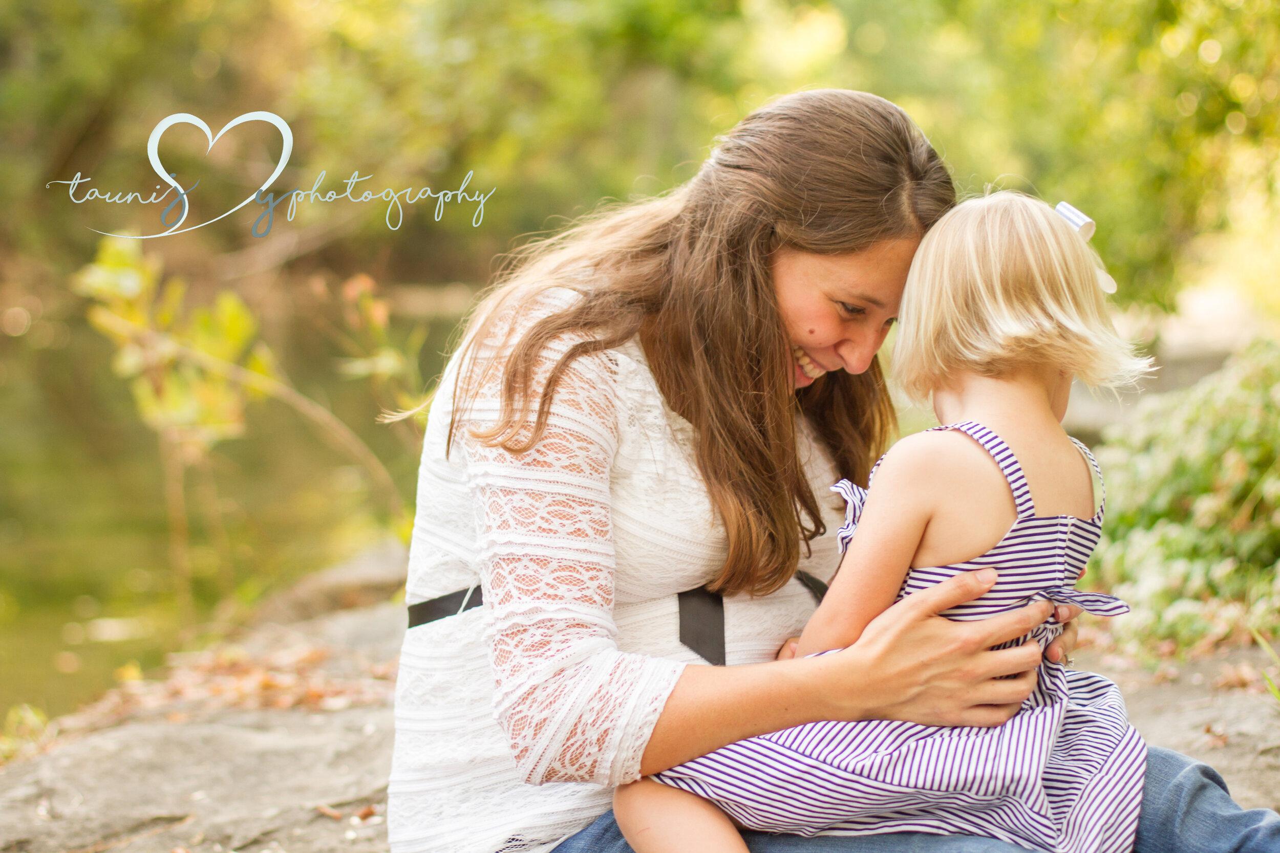 Tauni Joy Photography newborn photographer