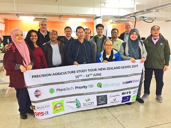 Pic-of-Malaysian-delegation-at-Eurofins.jpg