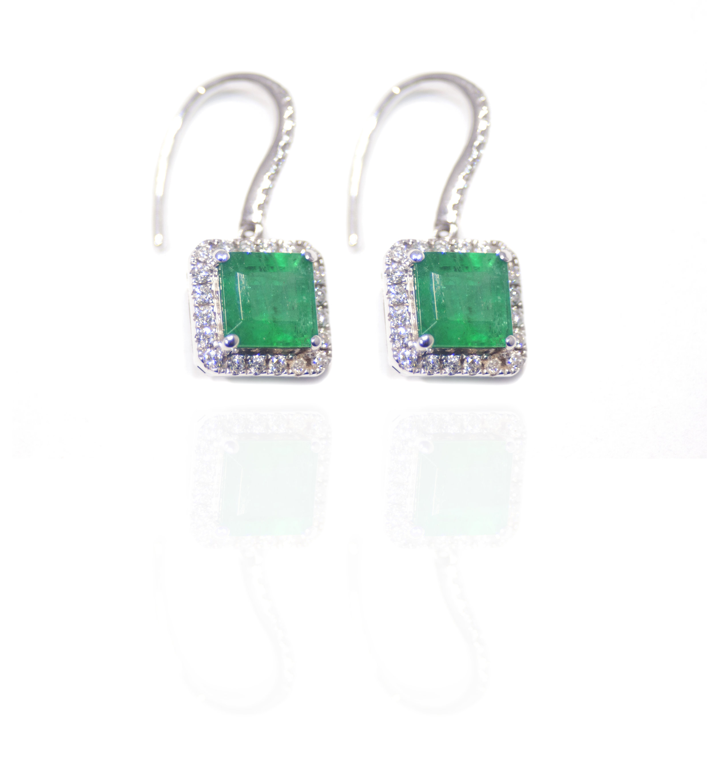 Diamond emerald drop earrings!