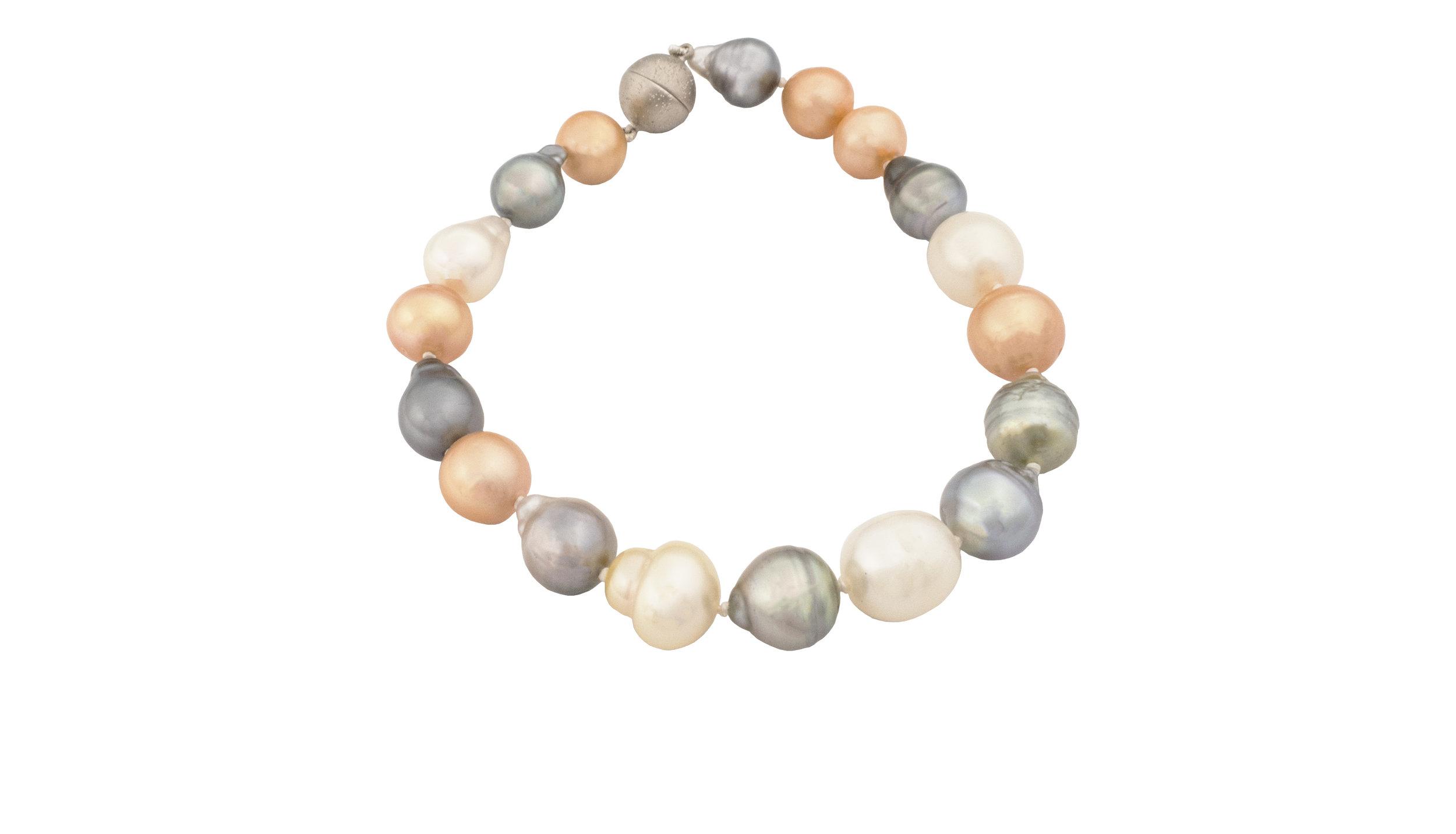 Coloured tone pearl bracelet!