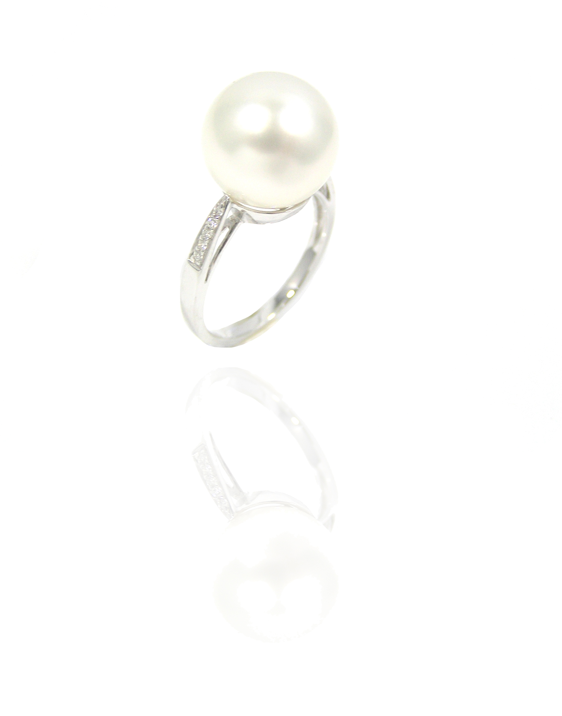 Pearl diamond ring!