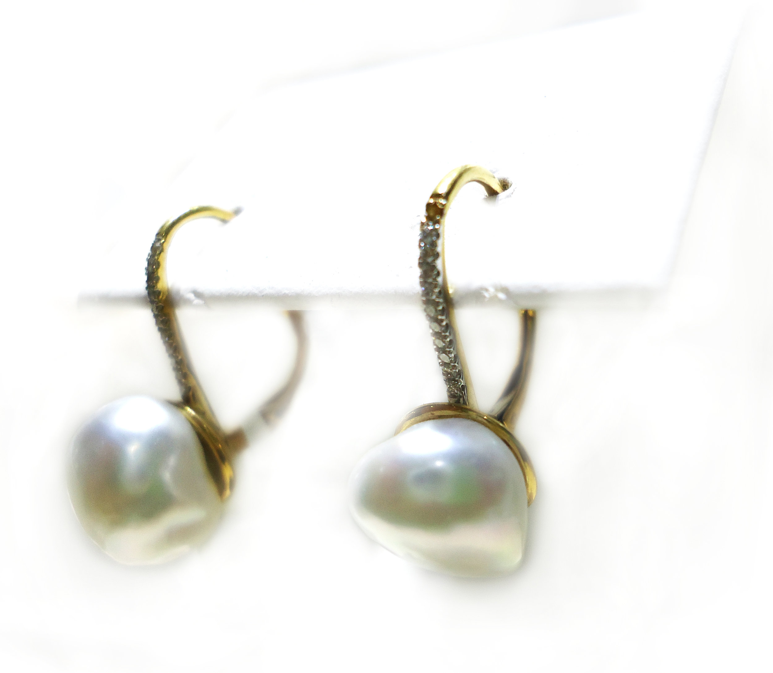 Keshi pearl diamond drop earrings!
