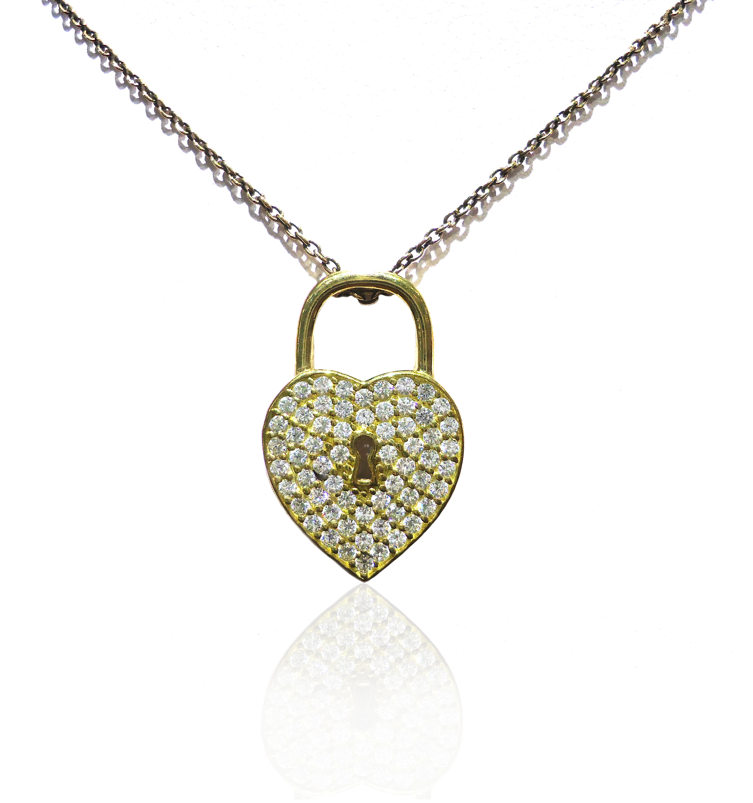 Gold Cubic Zirconia heart pendant!