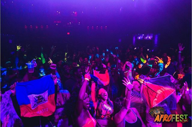 . This is AFROFEST Chicago, but we need our Caribbean's and Islanders'  to come out shut the building down. What's a party without a little whine. If your from the Caribbean or The Islands, click on the link in our bio. ——————————————————————————————— #africatotheworld  #AfrofestChicago #afrofesttour19  #africatotheworld  #afrofesttour  #afrofestchicago  #linkinbio
