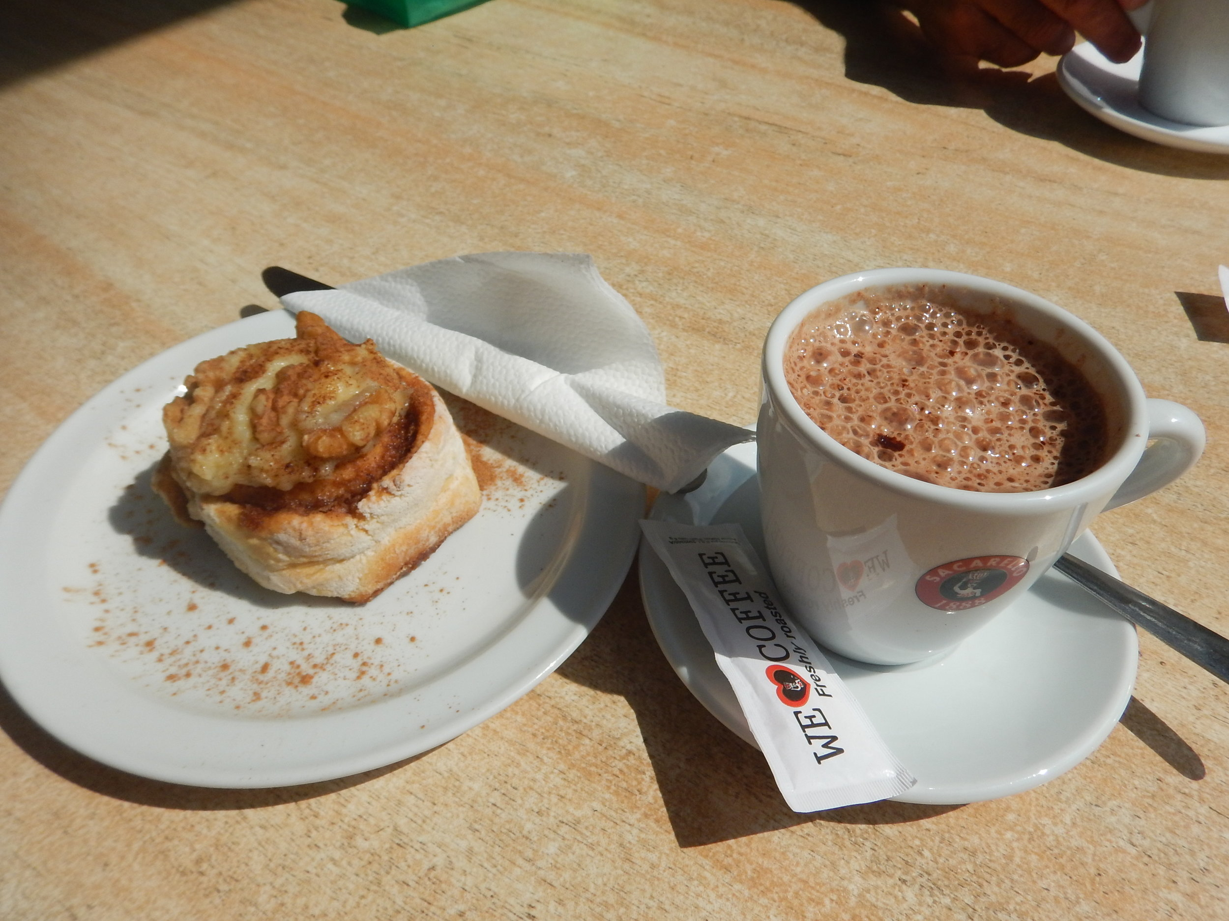 my first stop was at picadilly bar for a hot chocolate and cinnamon bun. The bun was amazing, moist, plenty on cinnamon, and a huge dollop of apple sauce on top then plenty of walnuts for garnish. Yummo.