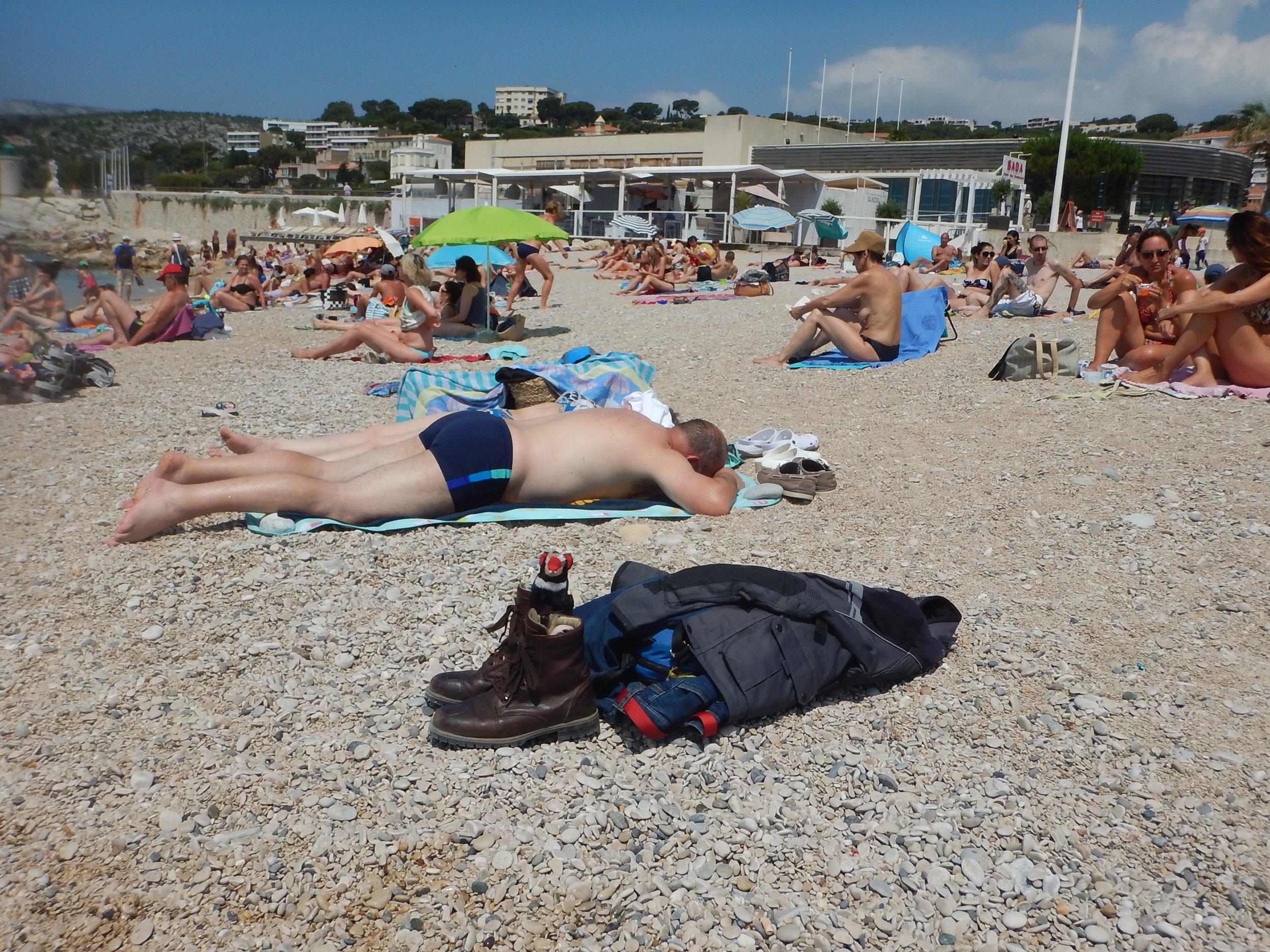 Another very popular pebbly beach. Harri on duty again.
