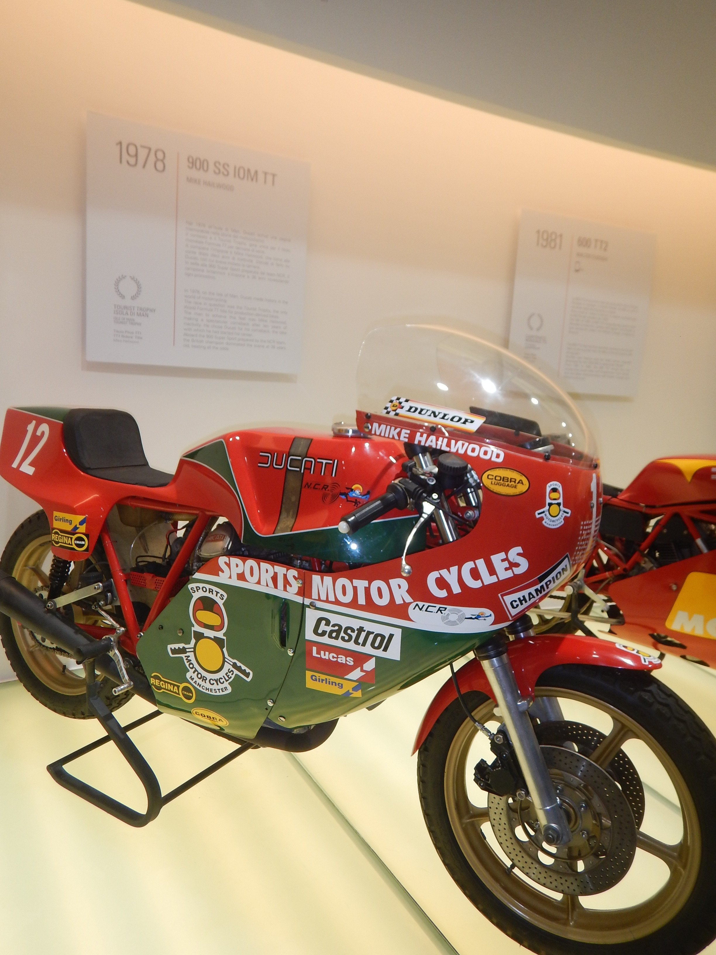 Hailwoods bike, they had all the champions bikes including Stoner (below) and Troy Bayliss and Troy Corser. Not Rossi even though he rode for Ducati he didn't win them a championship.