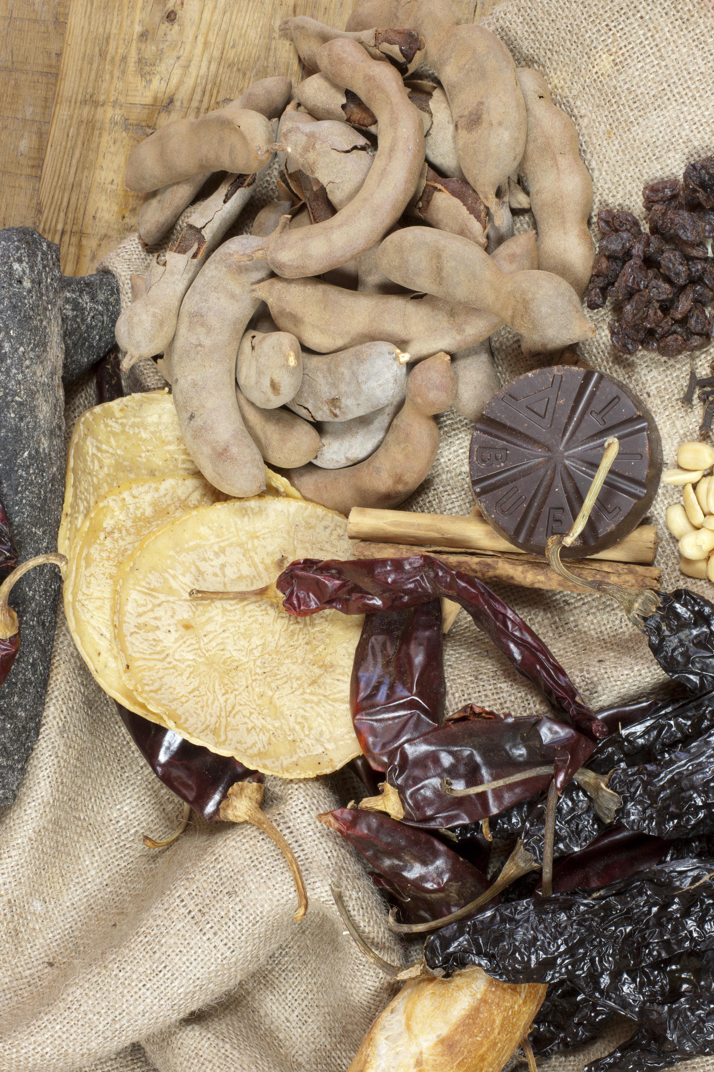 mole ingredients.jpg