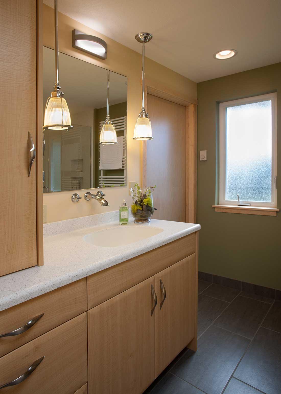 y-seagrassbathroom2.jpg