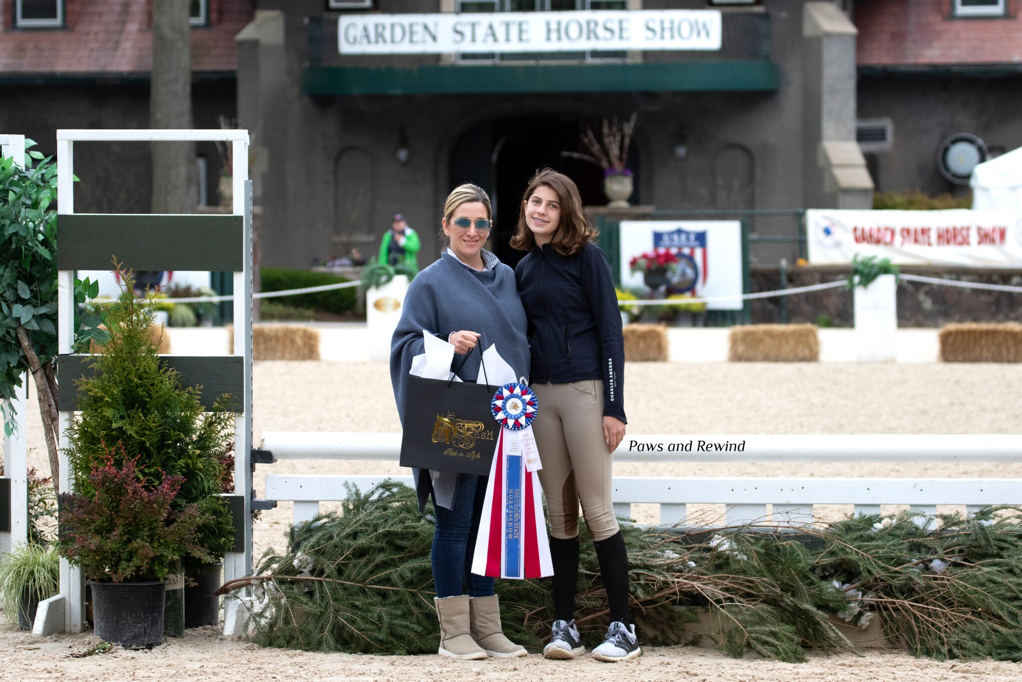 Maison Mcintyre also won the Le Fash Style of Riding Award, presented by Arianna Vastino. Photo by Paws and Rewind