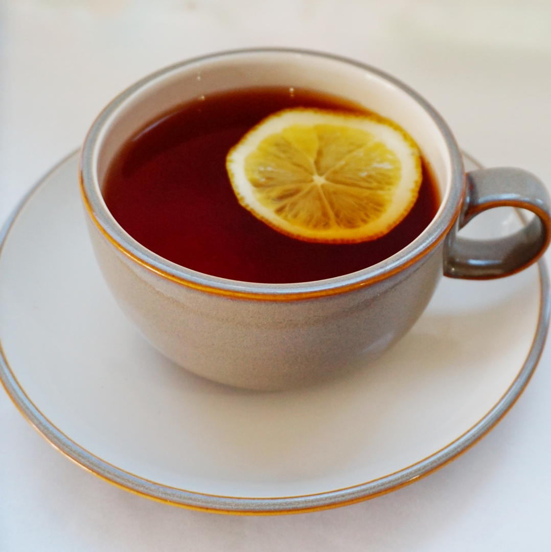 Hot Lemon Tea - Rp. 18.000,-