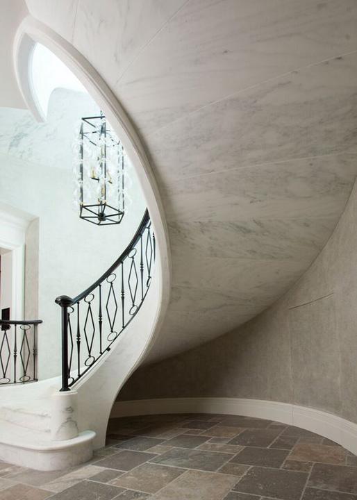 bottomstair.jpg