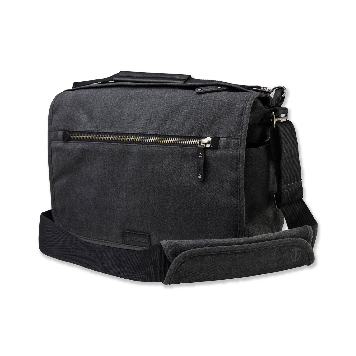 Tenba Cooper 13 DSLR -   Amazon    Minimal bag for carrying small camera setups around the city, or as an everyday bag. Extremely well-made