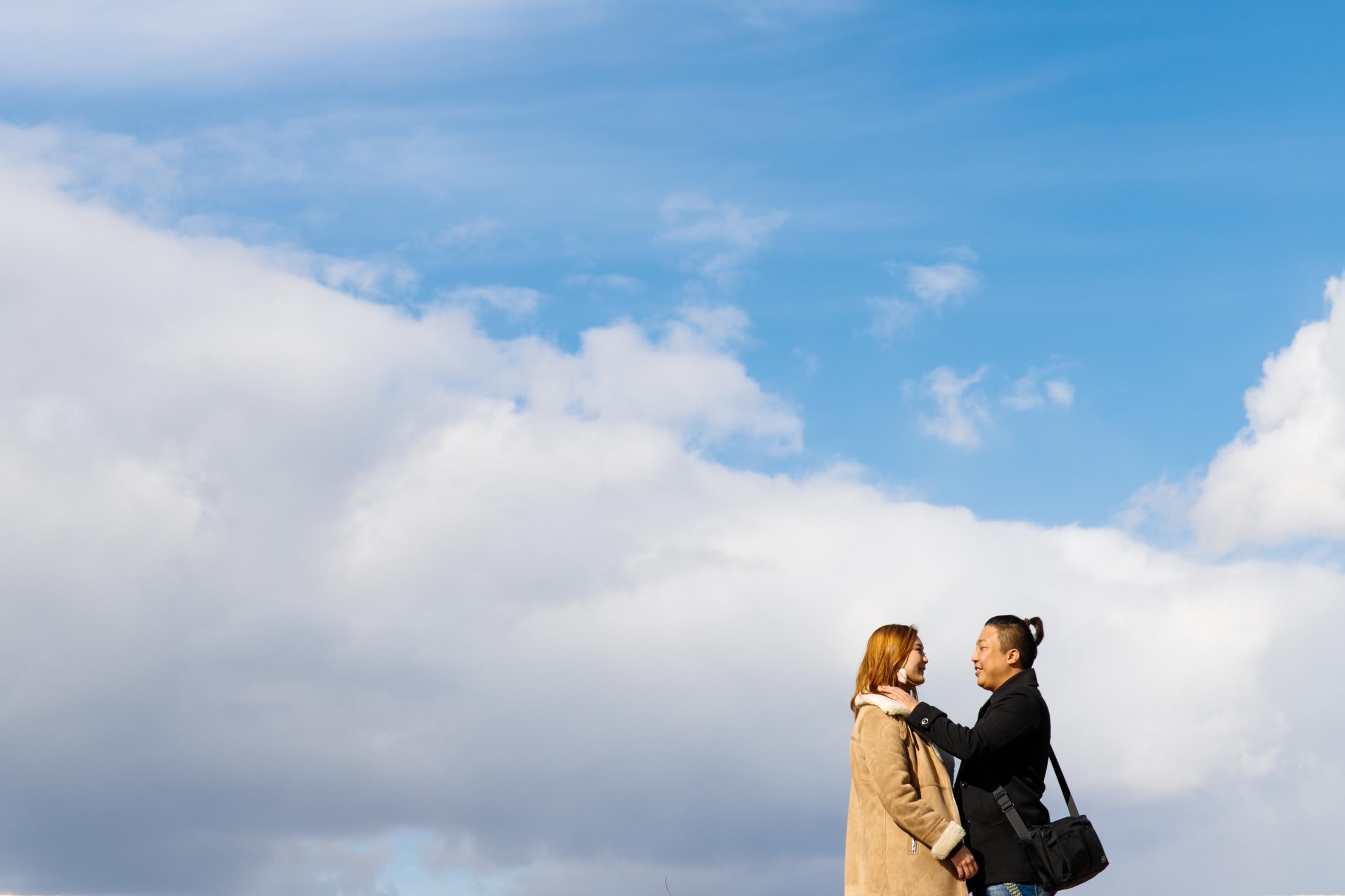 surprise proposal Photoshoot in Osaka castle park