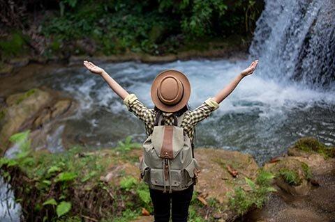 Frau Wasserfall.jpg
