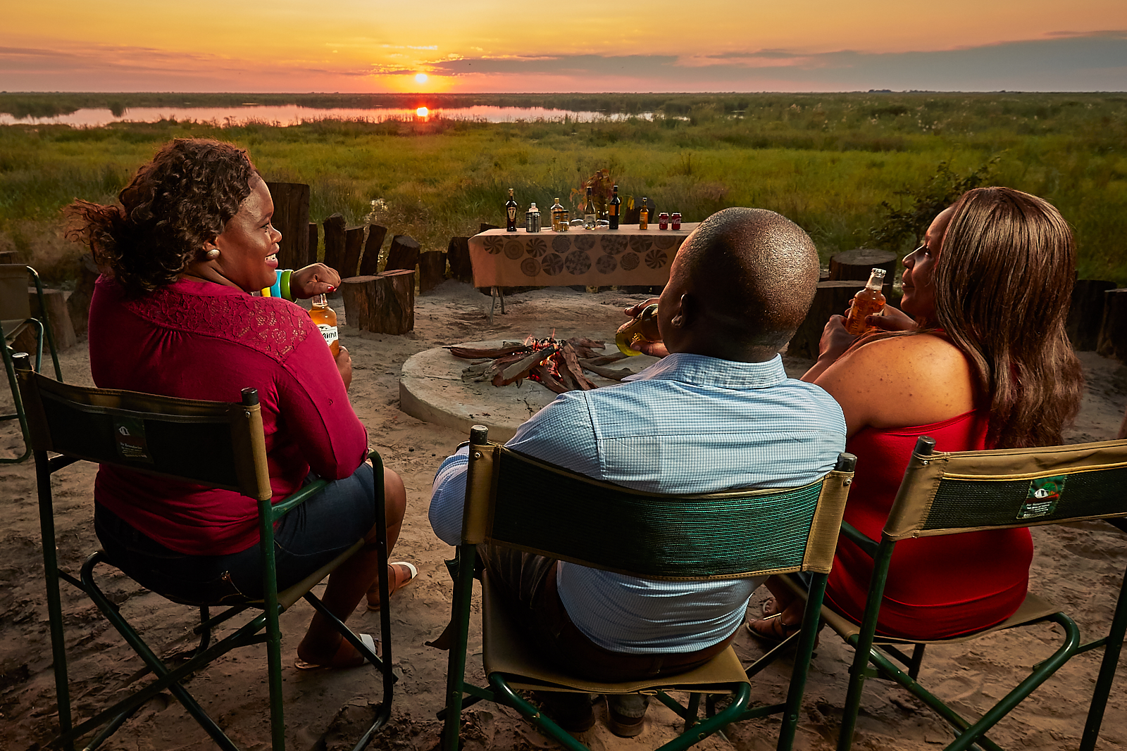 The Boma - The best way to re-connect with our roots and with mother nature is in front of the boma, by the campfire. Here we can share our amazing stories from the day, or if we wish, just sit and enjoy the silence.