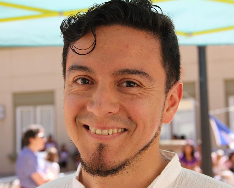 JoseLuis_headshot2_sml.jpg