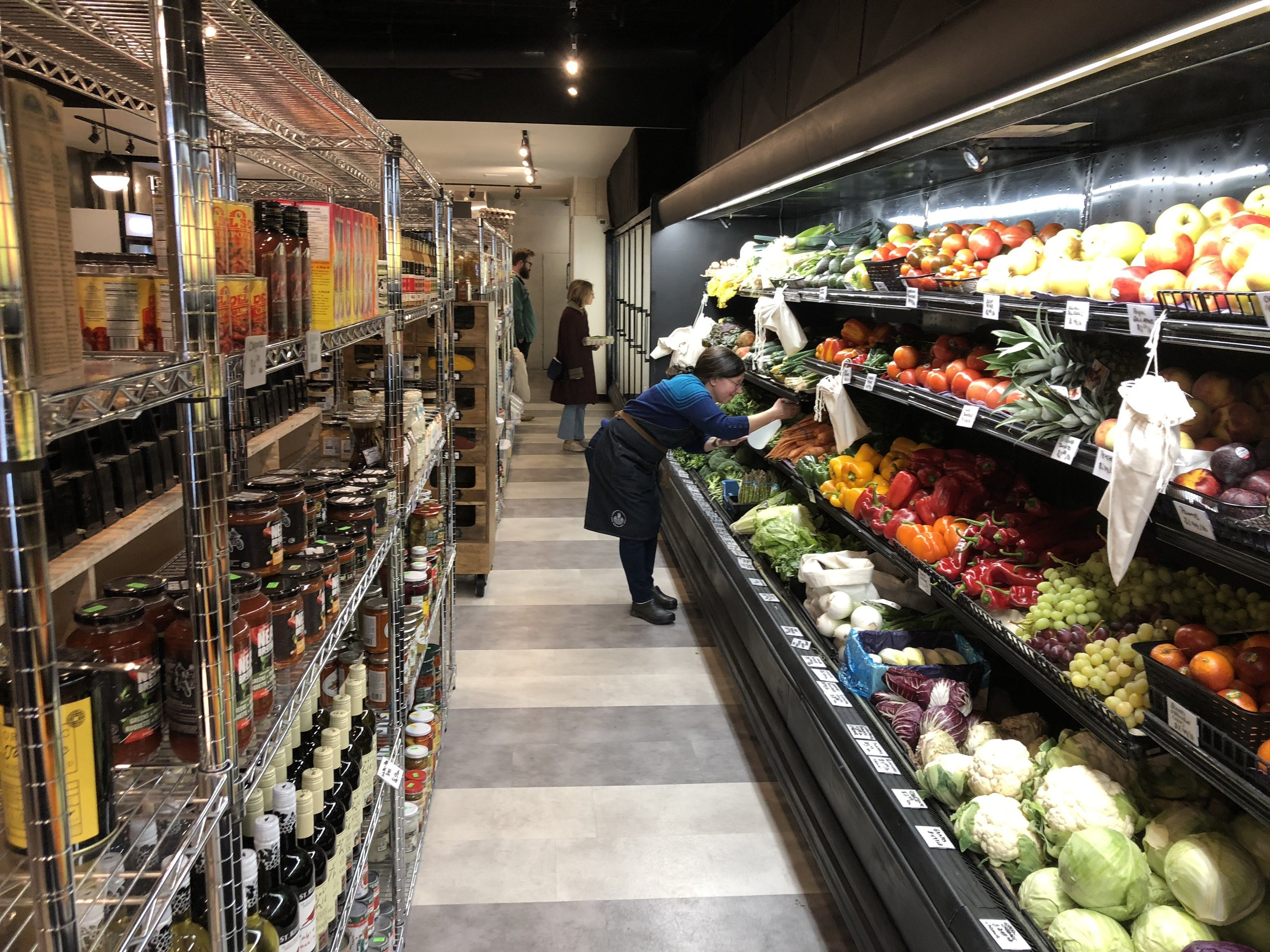 All produce at Unboxed Market are locally sourced and are not plastic sealed, making for no plastic waste. (CanCulture/Sophie Chong)