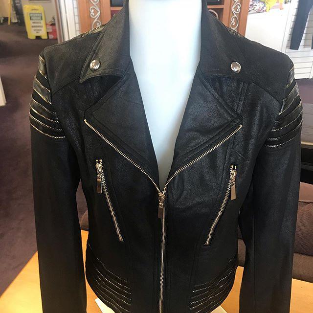 Amazing motto jacket!❤️
