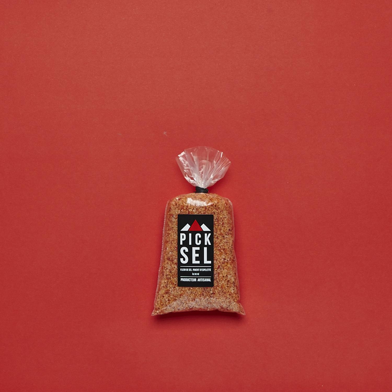 picksel-producteurartisanal-iledere-lacouarde-sachet-125g-fleurdesel-aromatise-pimentdespelette-cuisine-viande-fromage-force-finesse.jpg