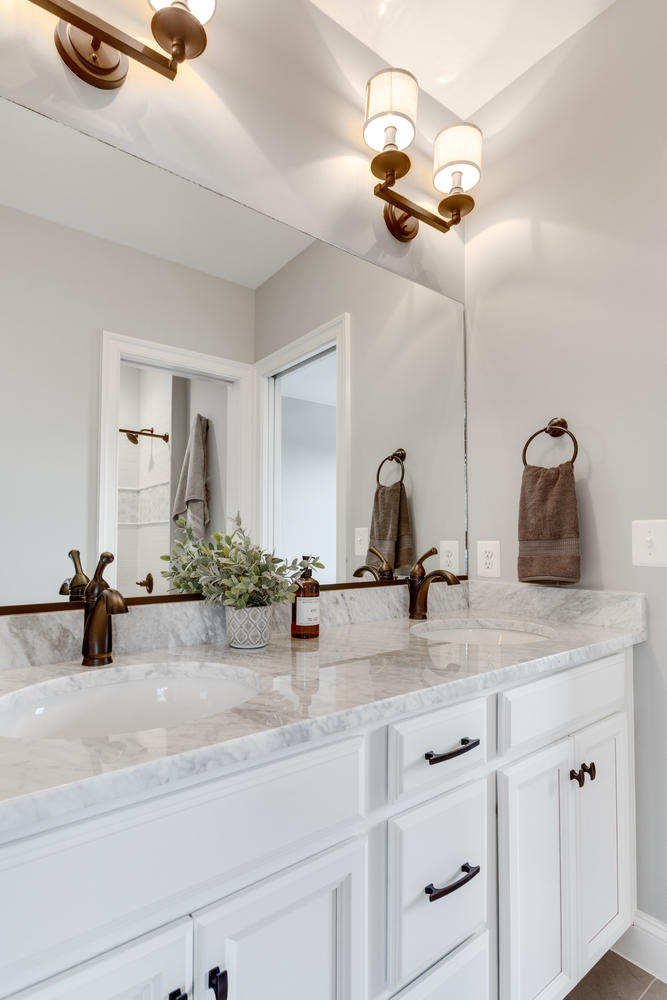 497 N Abingdon St Arlington VA-large-051-6-Bathroom-667x1000-72dpi.jpg