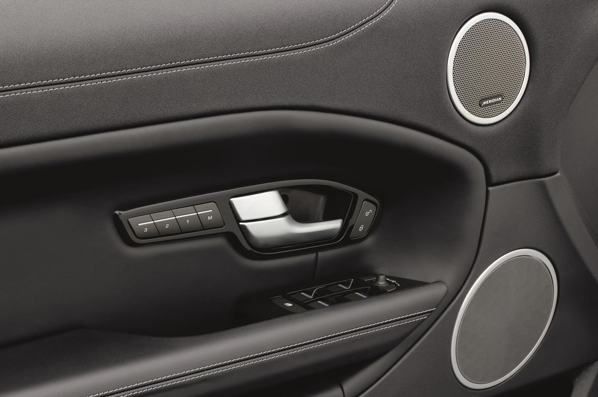 Land Rover Evoque Door Panel