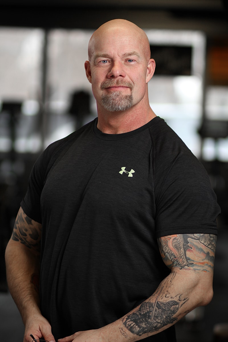 PETER LEACH - Has been working in the sports/fitness industry since 1987 and working as a personal trainer since 2013.