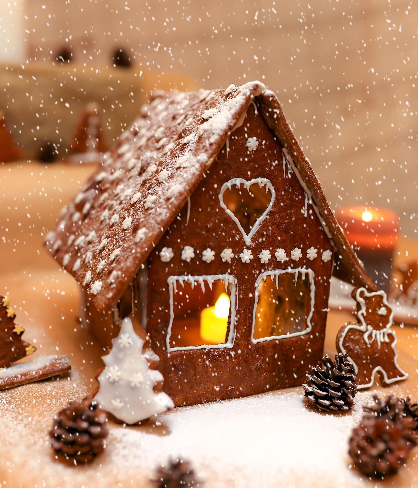 christmas-3830240_1920.jpg