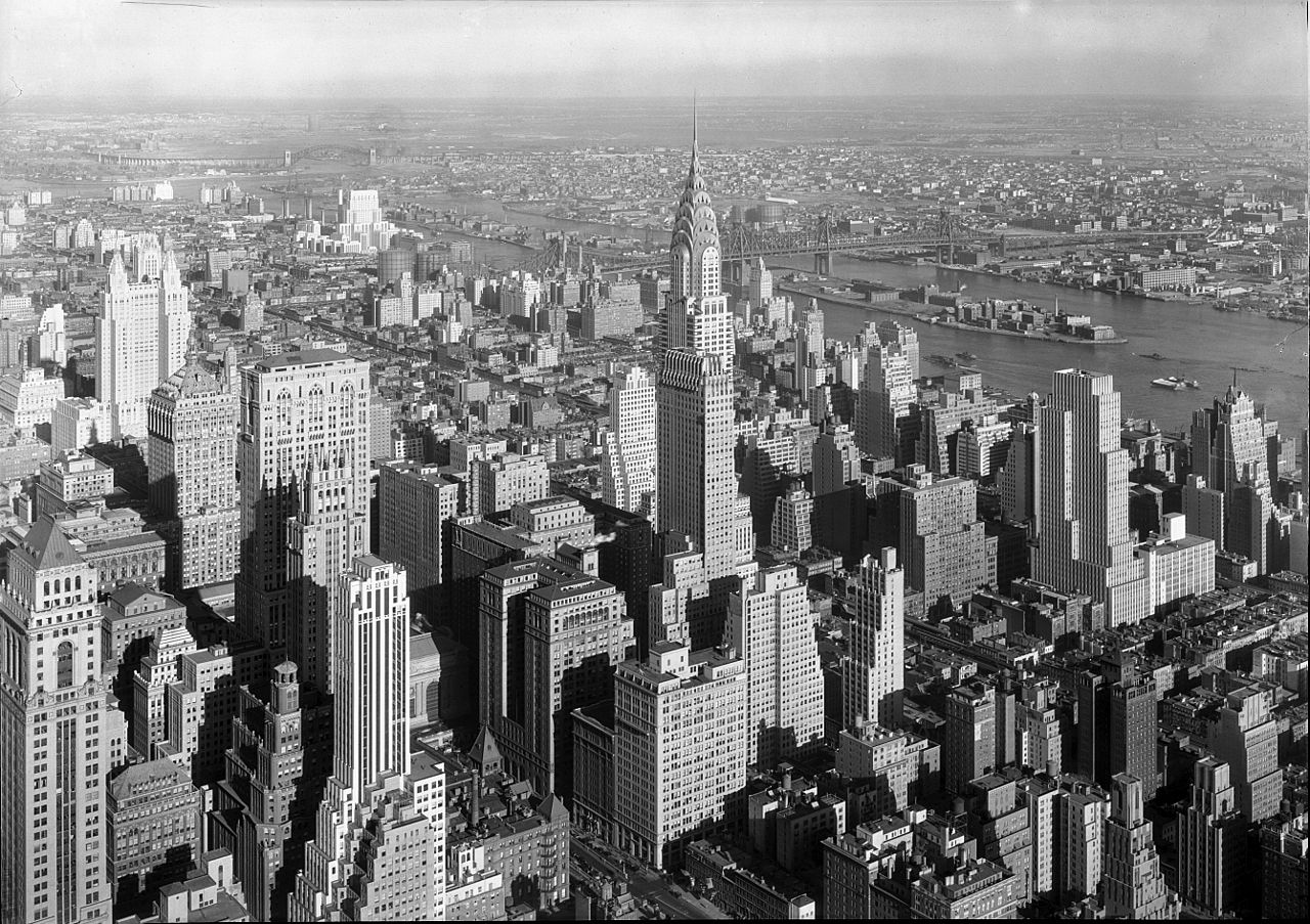 van-alen-william_chrysler-building_new-york-city-1932.jpg
