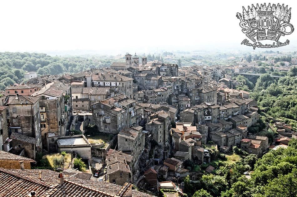 Borgo di Caprarola.jpg