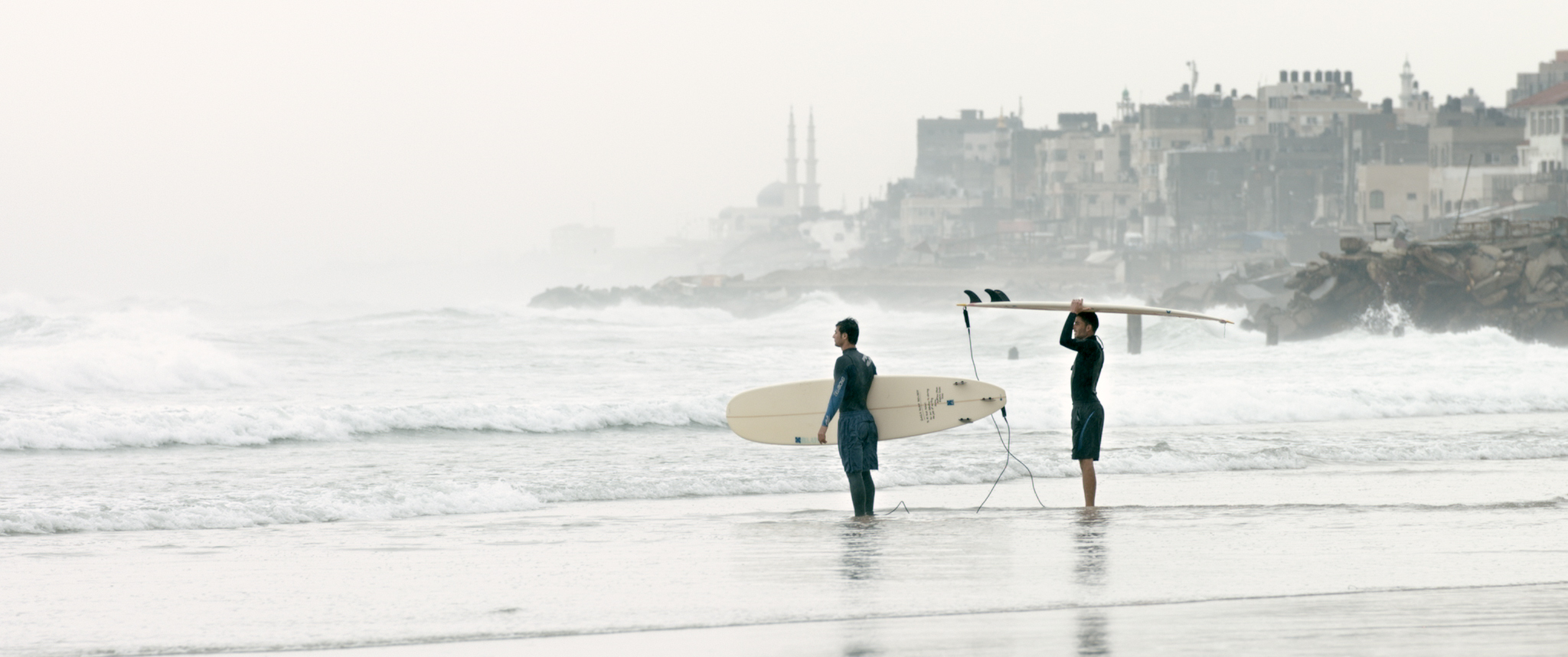 Gaza Surf Club - A film by Philip Gnadt & Mickey Yamin