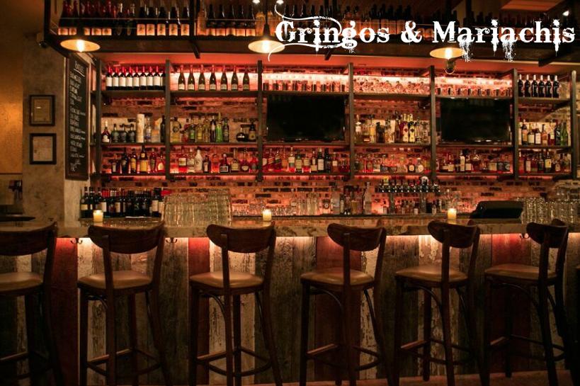 Gringos & Mariachis
