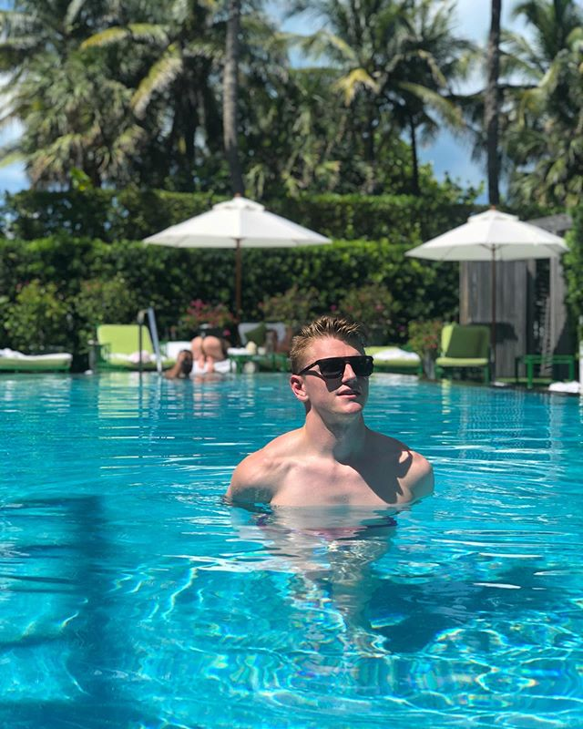 SUMMER 🌴 (Keep looking until you see it) - - - - - - - - - - - - #Miami #southbeach #sobe #blondboy #whotel #whotelsouthbeach #instagay #thong