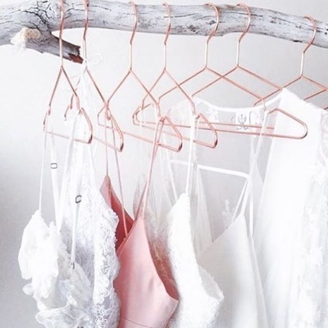 HANGERS can add an instant boost to your closet's organization:  ⚡️invest in matching ones  ⚡️face all your hangers in the same direction   ⚡️hangers are different materials/shapes to accommodate specific types of clothes (There are many types but PM me if you need help finding the right hangers)  ⚡️hang clothes on log or tree branch 😉  📷: @theorganizerbunny