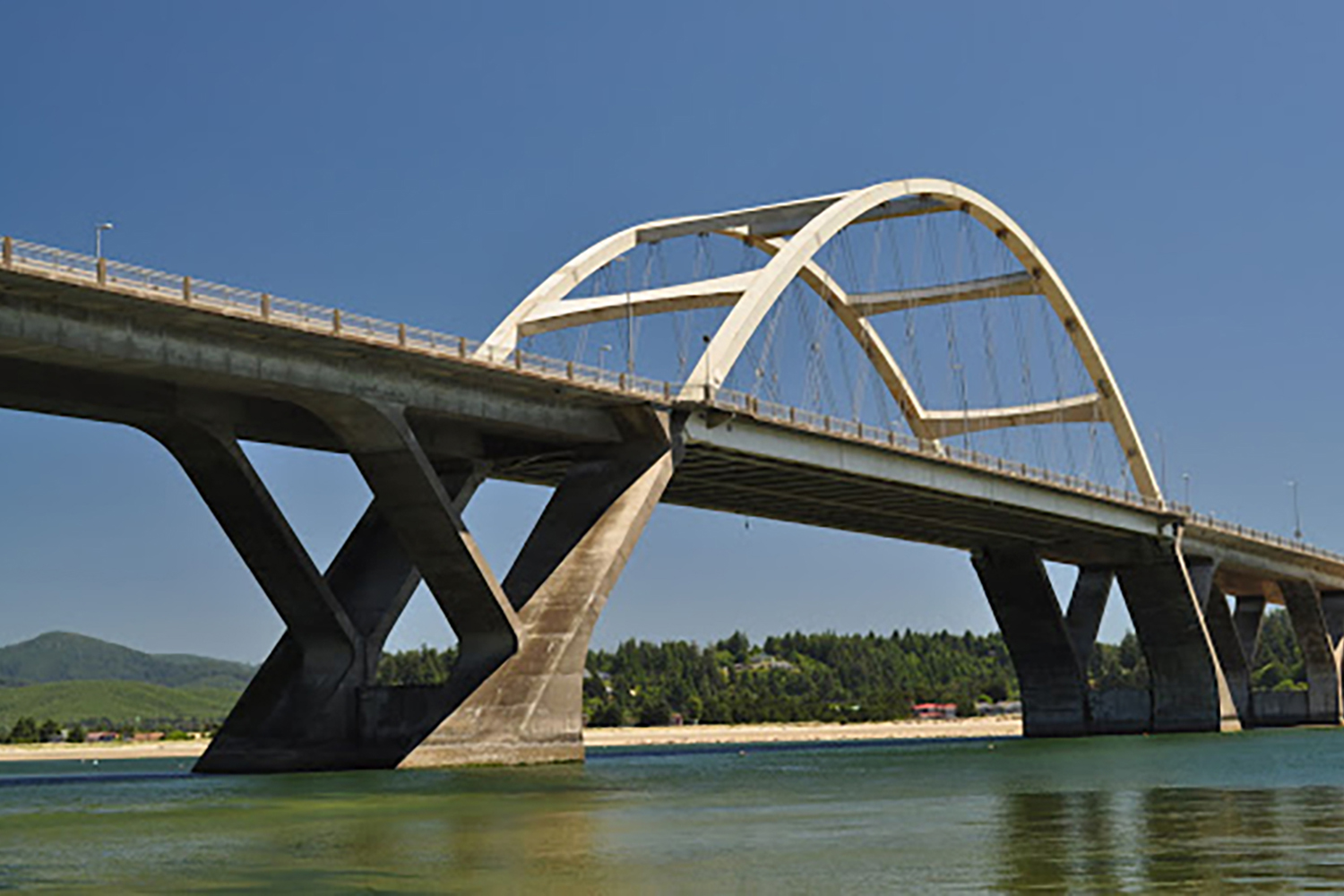 alsea-bridge-image-03-1000x1500.jpg