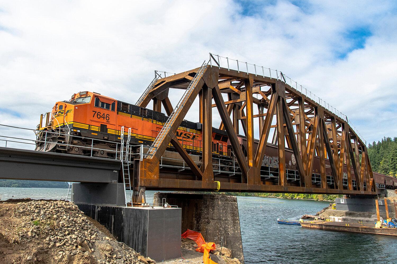 BNSF_4249_Wind River Bridge_06_1000x1500.jpg