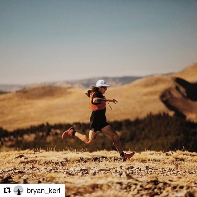 Speed demon @bryan_kerl out on the course this fall. If you can run like this more power to you! Most of us can't but we can still finish the course...#teamturtle #legendaryraces #cloudcitymultistage #ultrarunning #colorado #ultra #walking #hiking #running