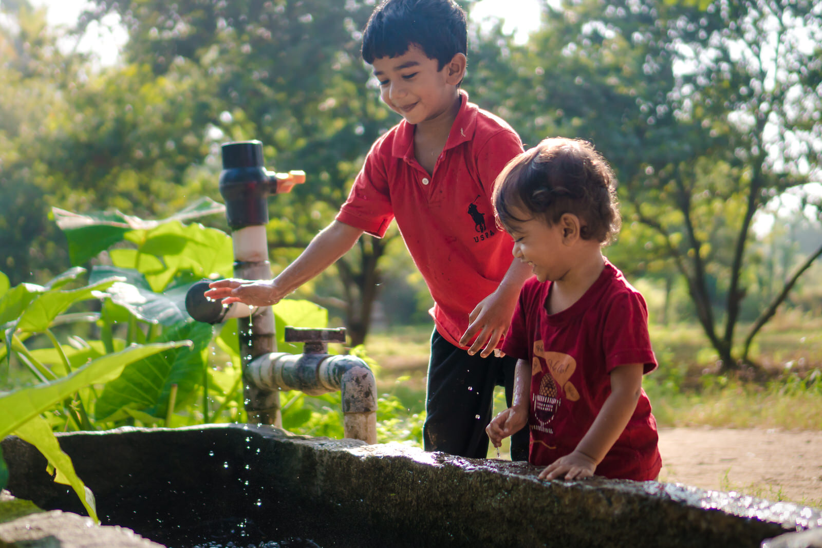 23122017-Boys-Playing-Water-Tank-141.jpg