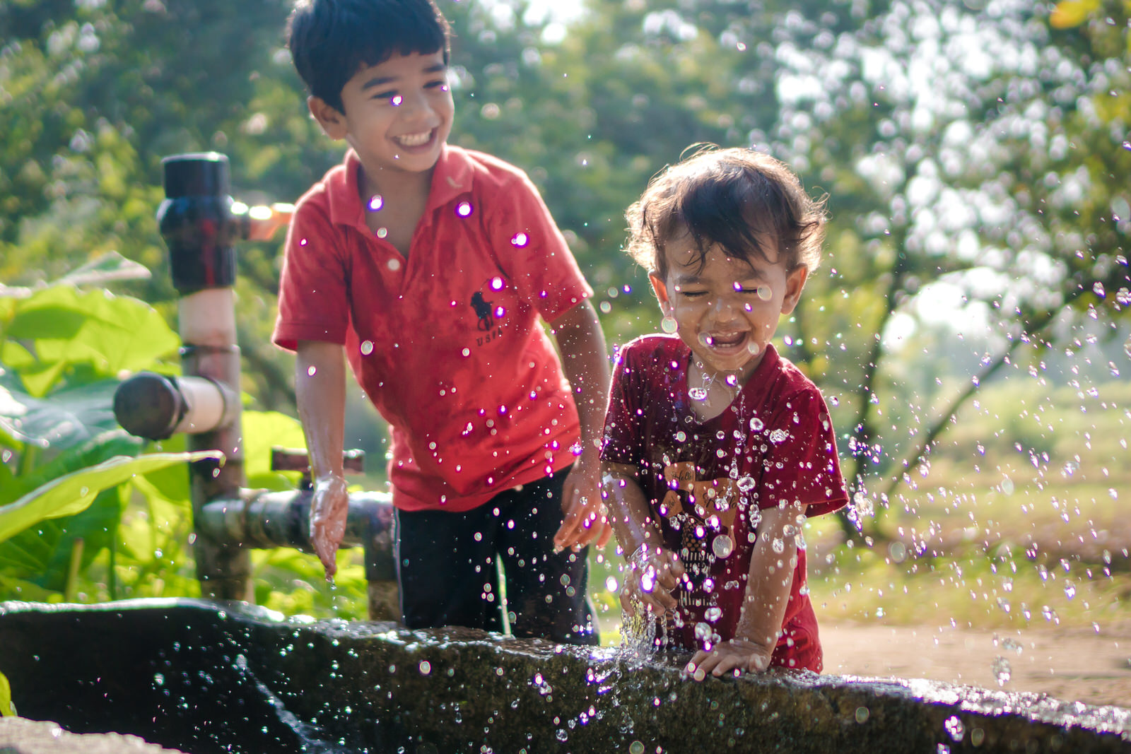 23122017-Boys-Playing-Water-Tank-188.jpg