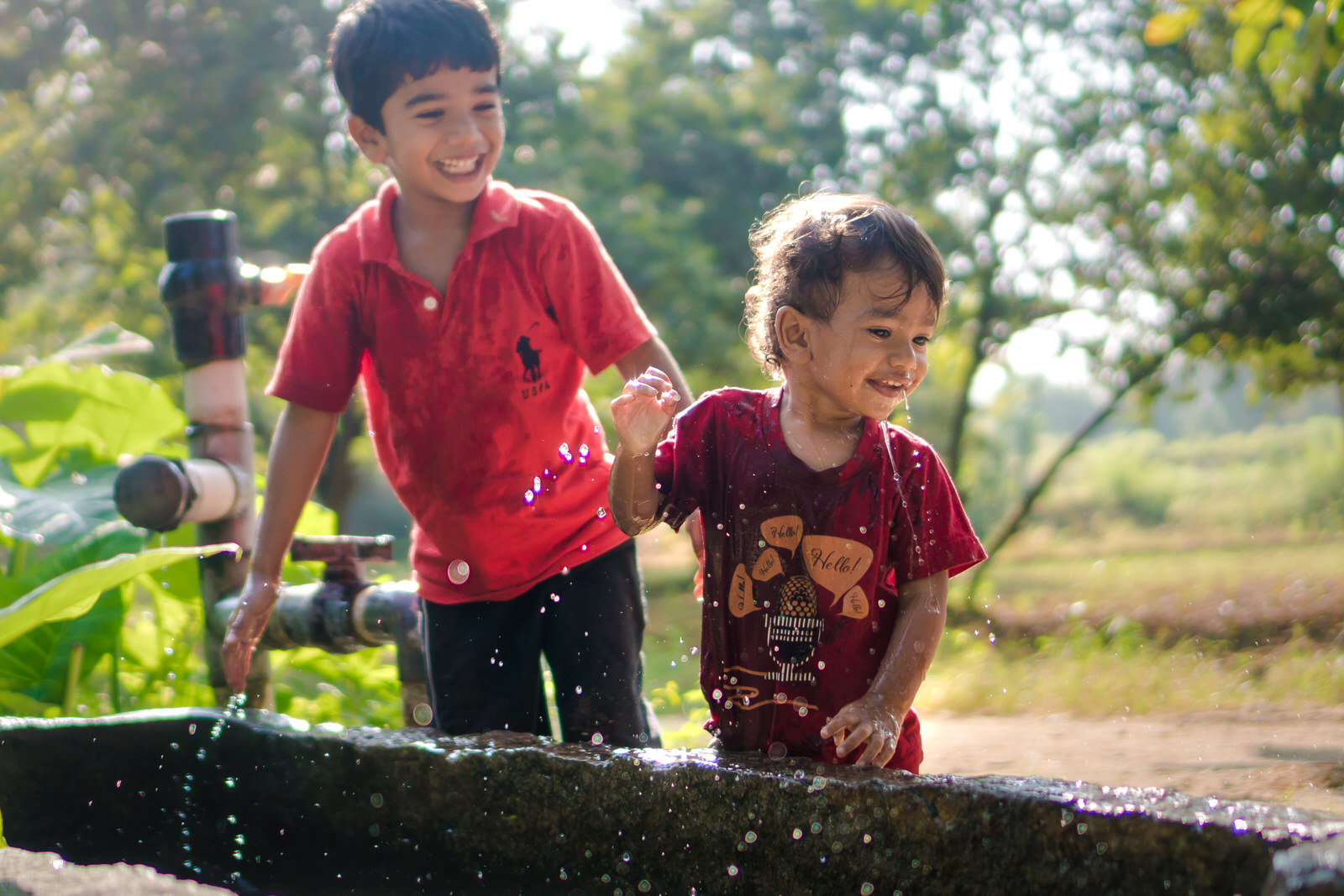 23122017-Boys-Playing-Water-Tank-191.jpg